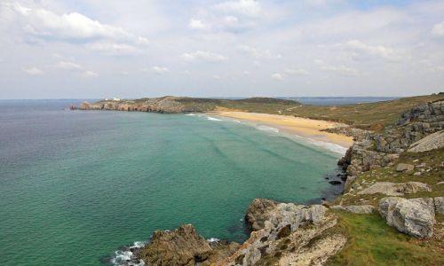Pointe de Pen-Hir sur la Presqu'île de Crozon Paysage littoral côte rocheuse du Finistère